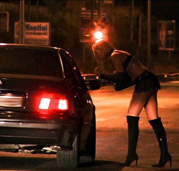 где стоят проститутки на трассе дон германии