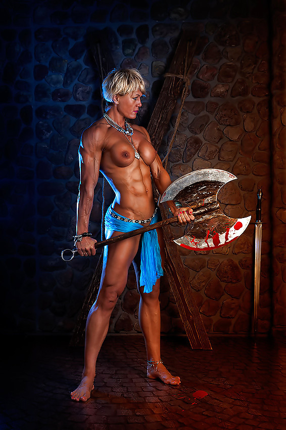 fantasy-sexy-nude-women-muscle