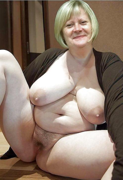 Granny Saggy Tits Mature
