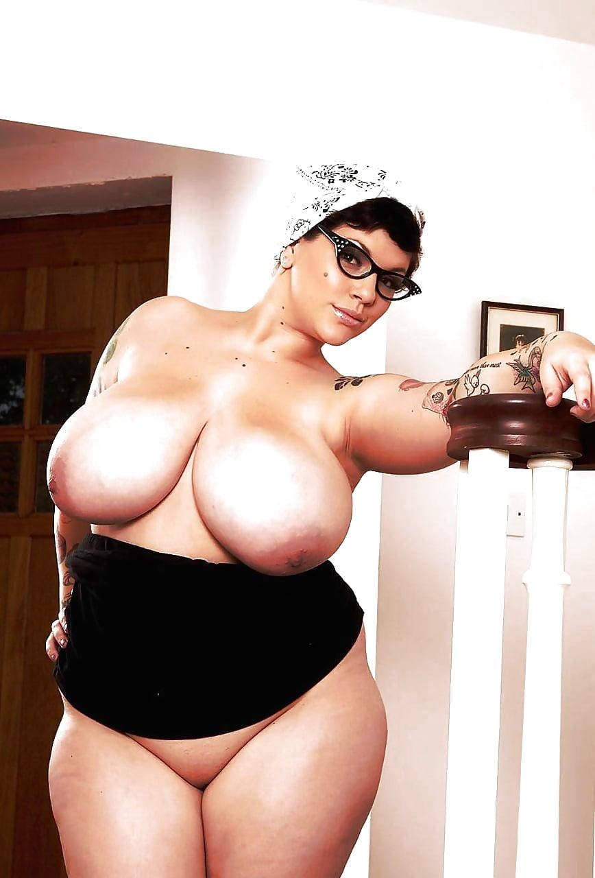Evette busty bbw, has nancy wilson nude