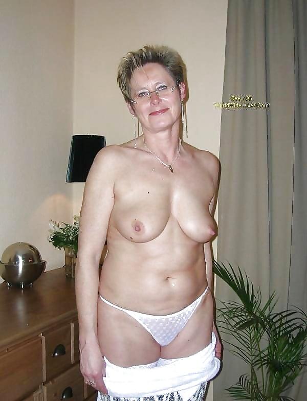 Best Mature Amateur Ladies Wearing White Panties 9-Pix Mix -3653