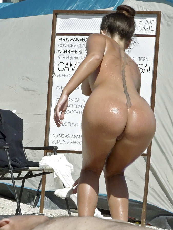 Big booty on beaches nude — pic 6