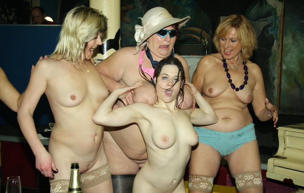фото голых жен на вечеринках - 5