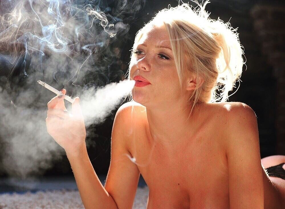 Naked smoking women