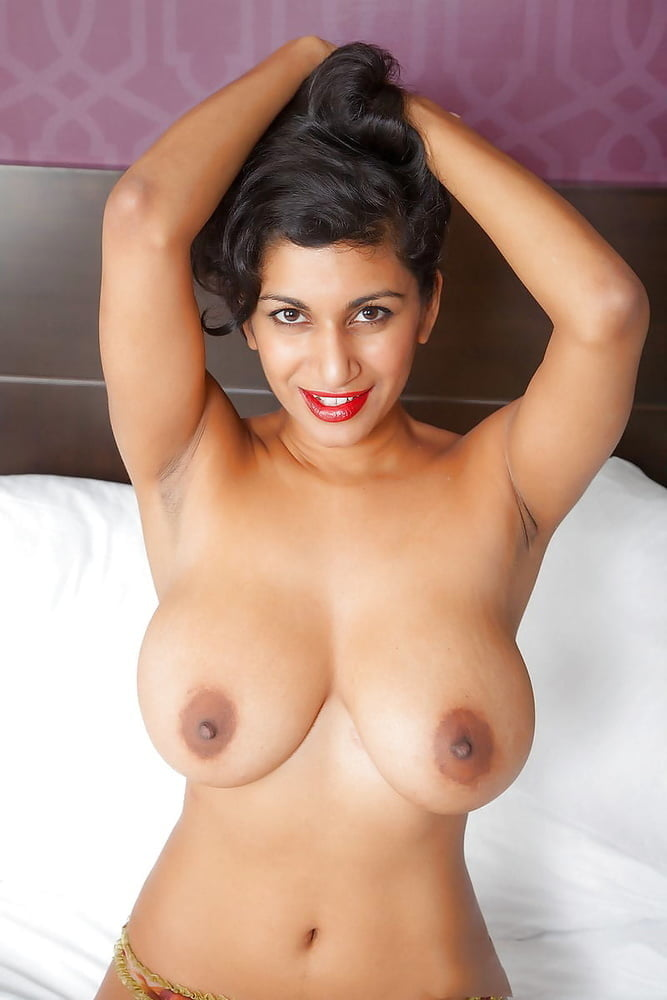 Hot nude boobs photos