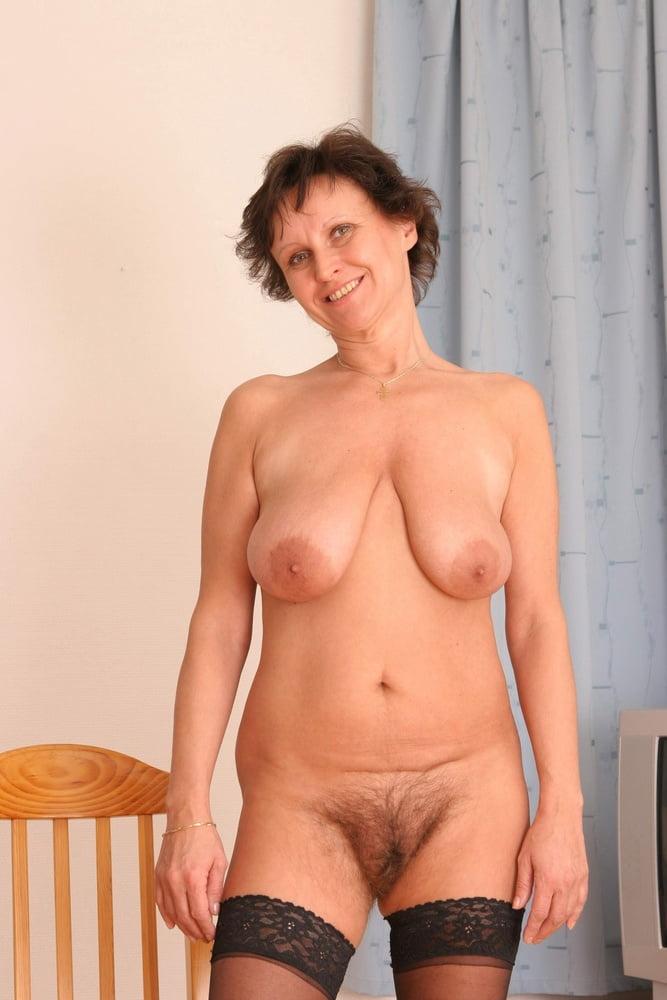 Mature Ebony Hairy Pussy