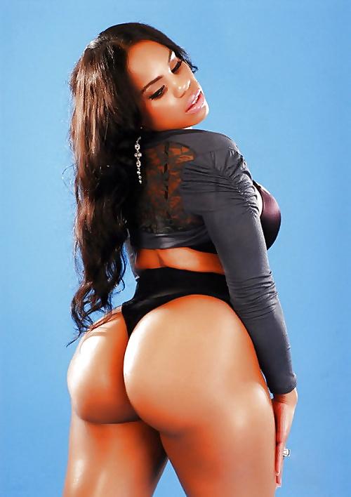 Ebony booty in panties-8005