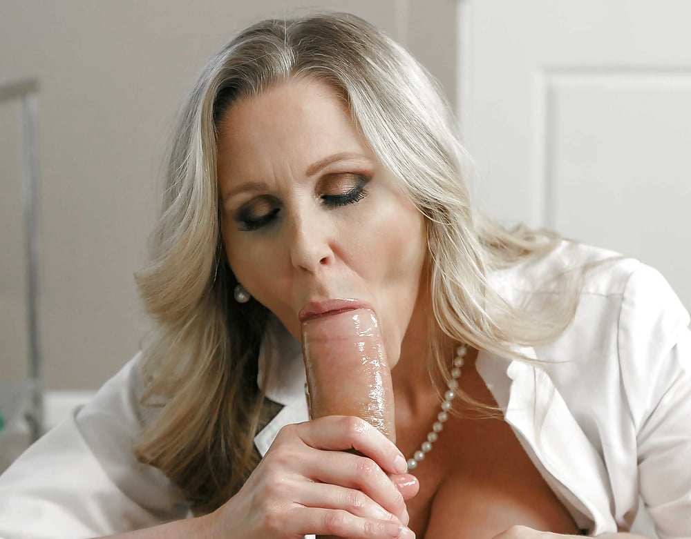 Stunning milf seduces her cocked doctor