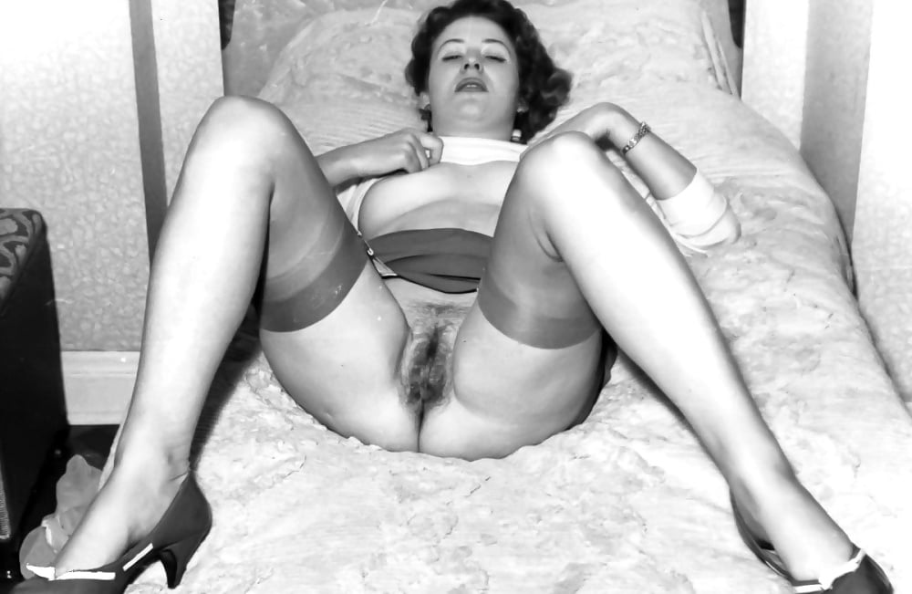 Porno vintage upskirt porn