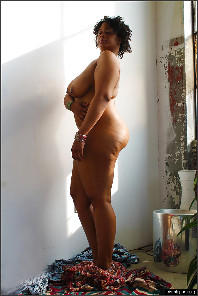 Celeb Coco Big Ass Naked Png