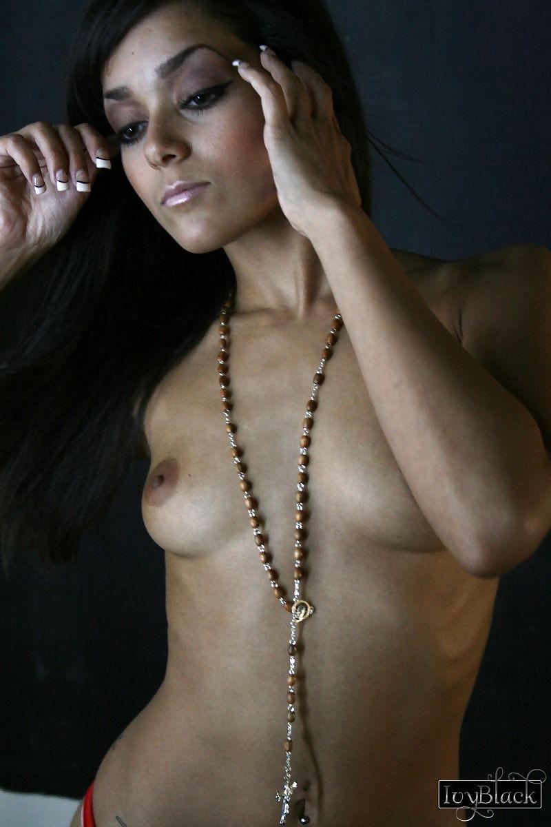 Natalie Mendoza Naked