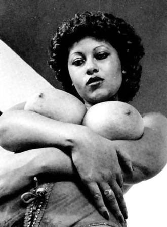 Black older women nude 1970 70s Black Nudes Sex Pictures Pass