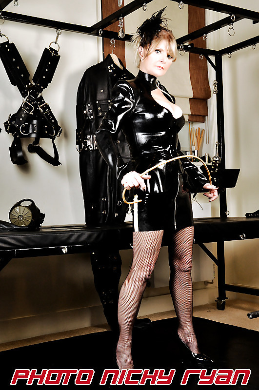 The experience and management of stigma in the bdsm subculture