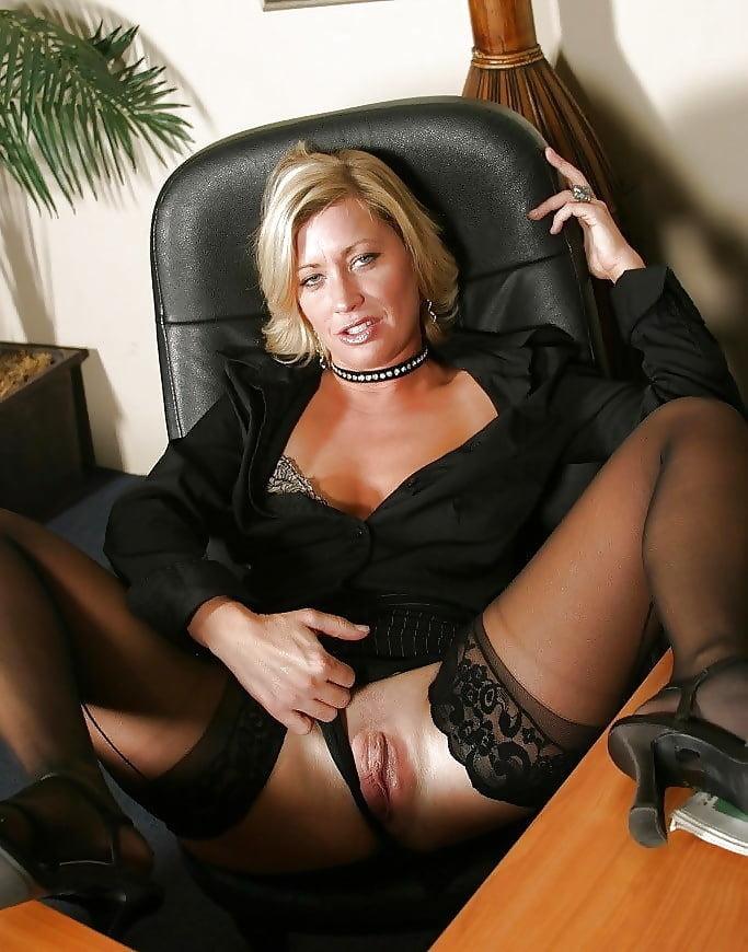 Dolly Grossmutter Blonde Oral