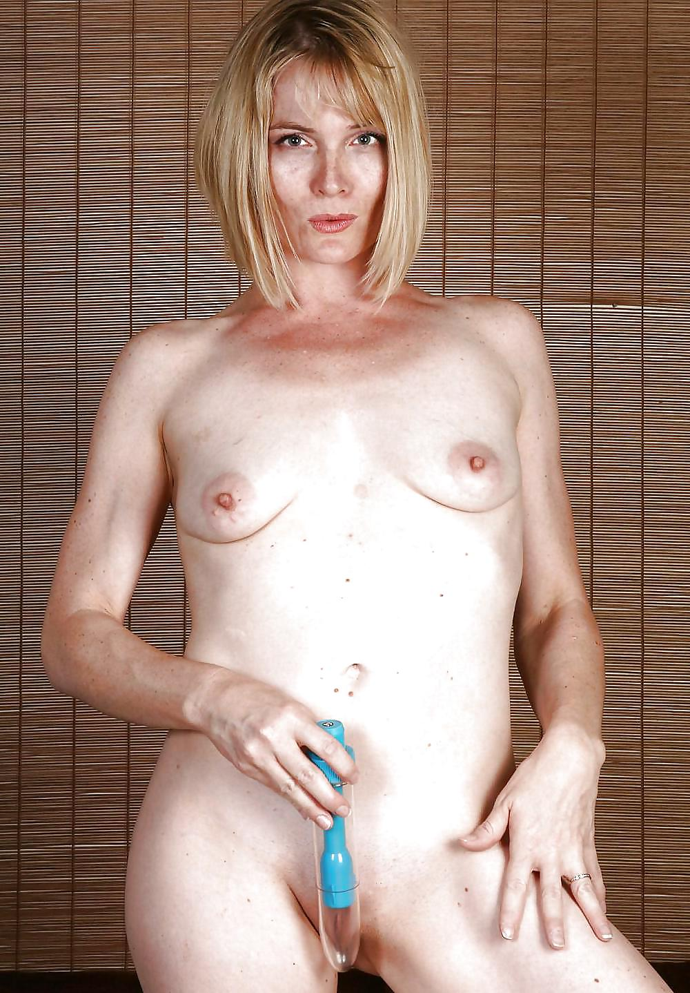 Good naughty milf available for a sex plan without tomorrow