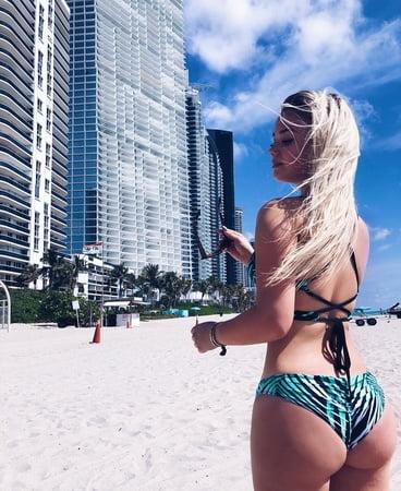 Julia Beautx Sexy