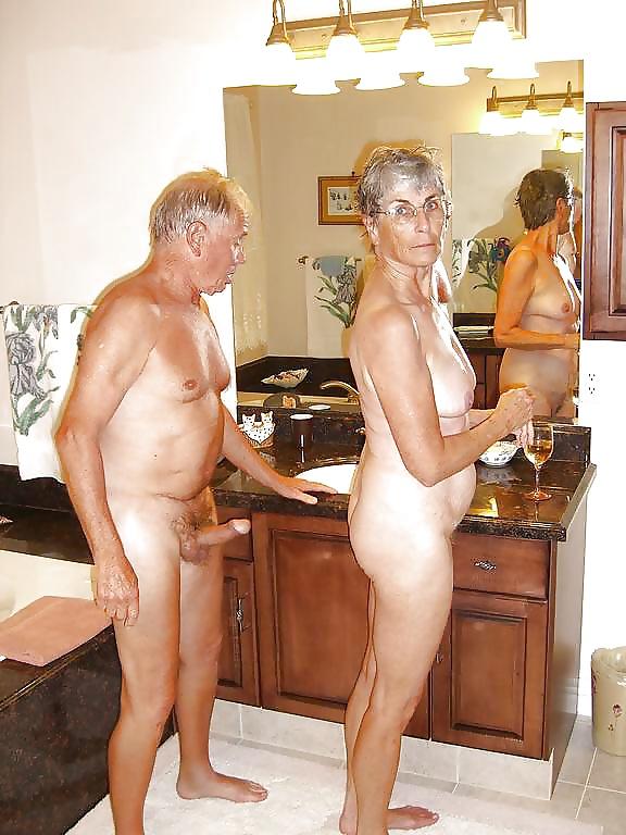bay-nudist-nude-old-couples-sex-binger