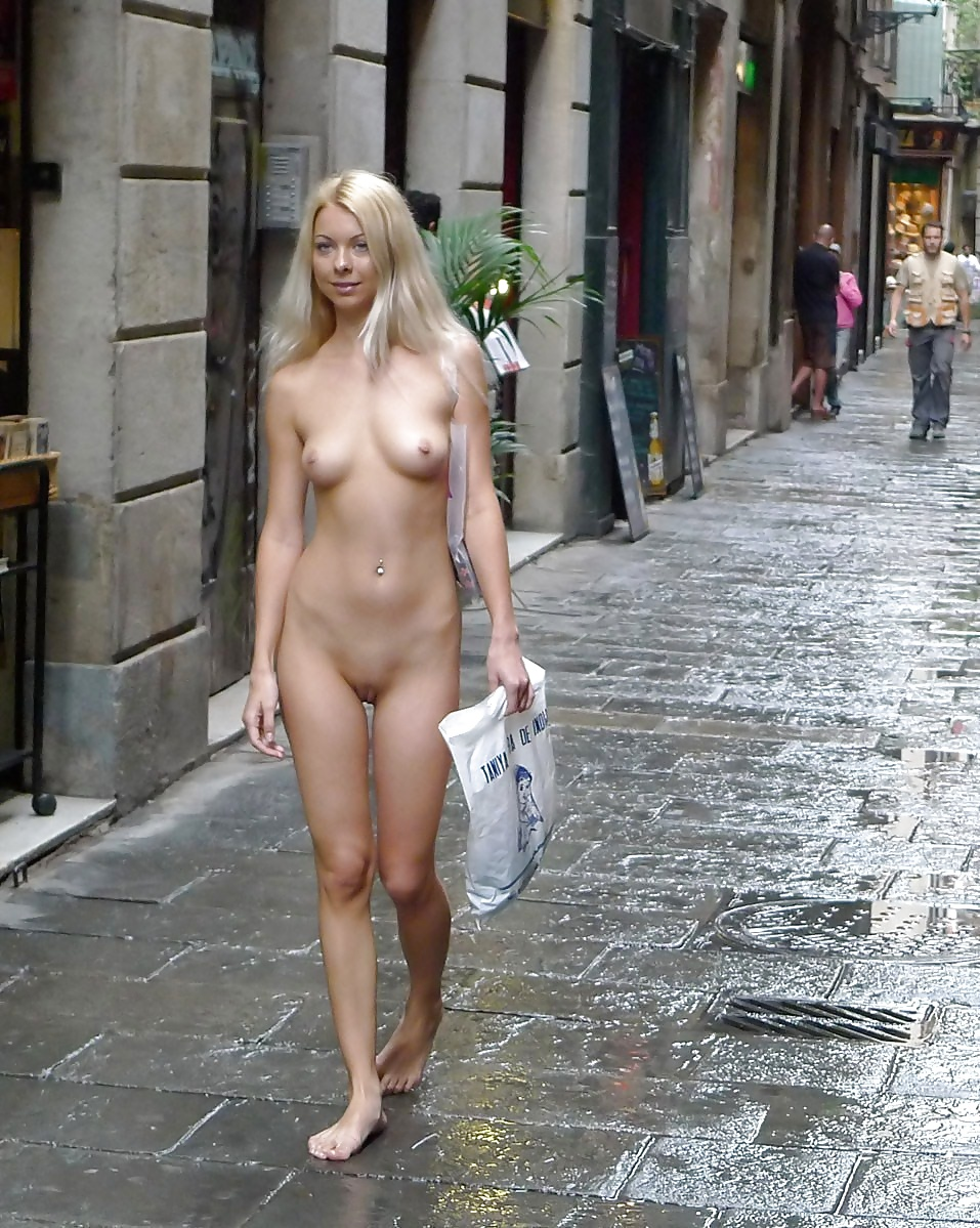 Fp nude cute girls in public