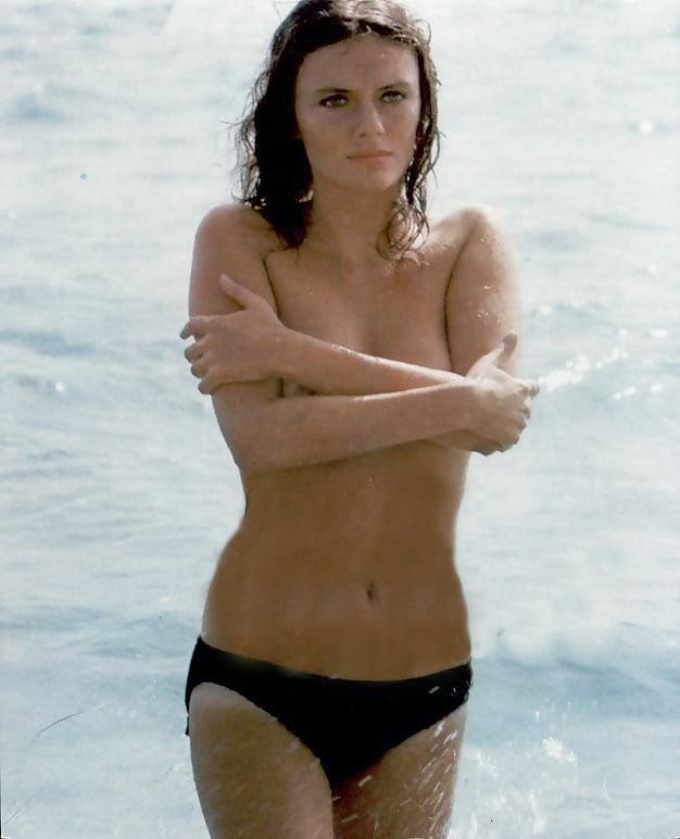 Naked Jacqueline Bisset In La Donna Della Domenica Ancensored
