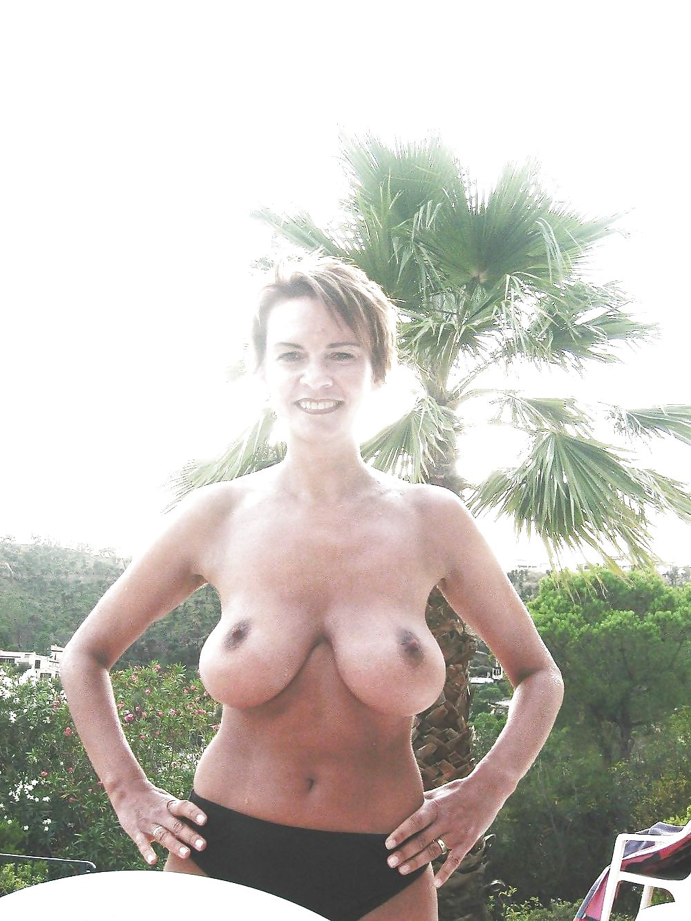 Mature busty saggy