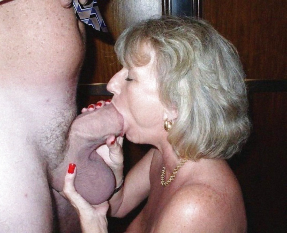 Mature with pimmel in mouth, girl sex train