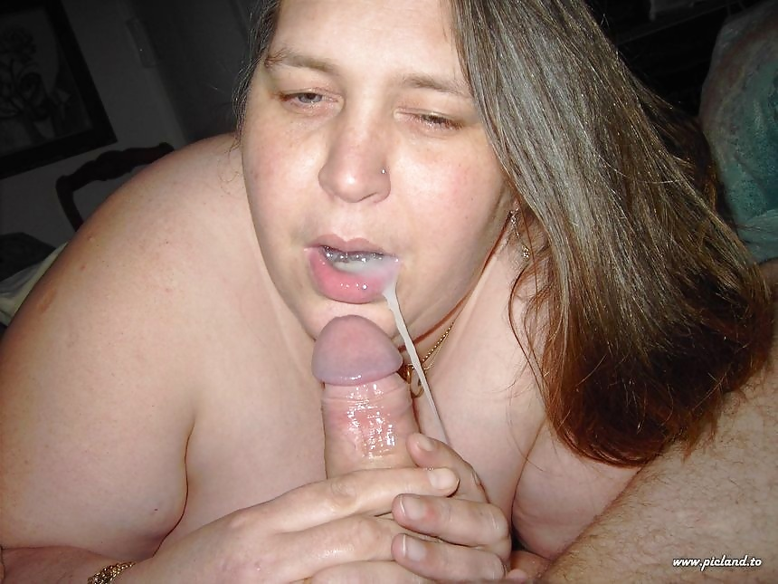 Amateur photo of a fat and ugly blonde mature pleasuring her pussy