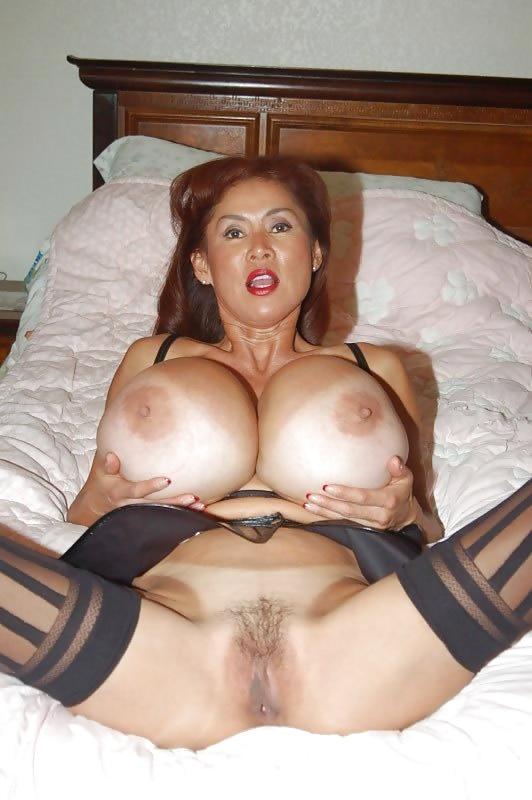 Minka huge tits-6952