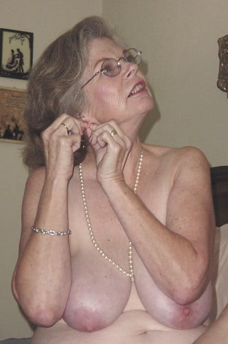 Nasty hot big boobed brunette slut-1922