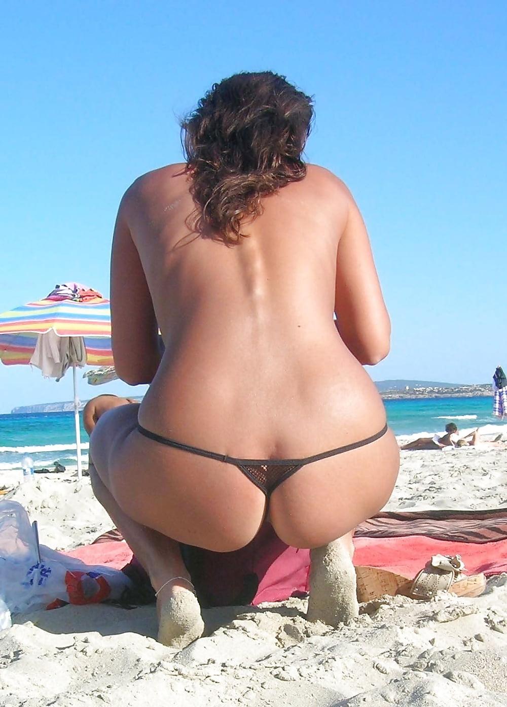 nice-ass-on-the-beach-lynn-spears-real