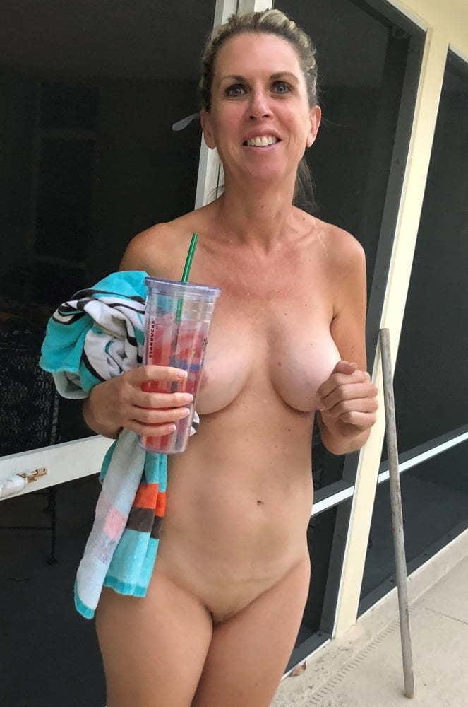 Bbw wife seduce german blowjobel waiter room service boy Any porn indo