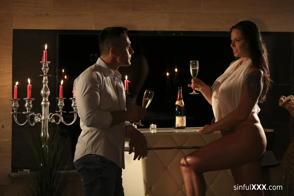 Private Spa at SinfulXXX- 13 Pics