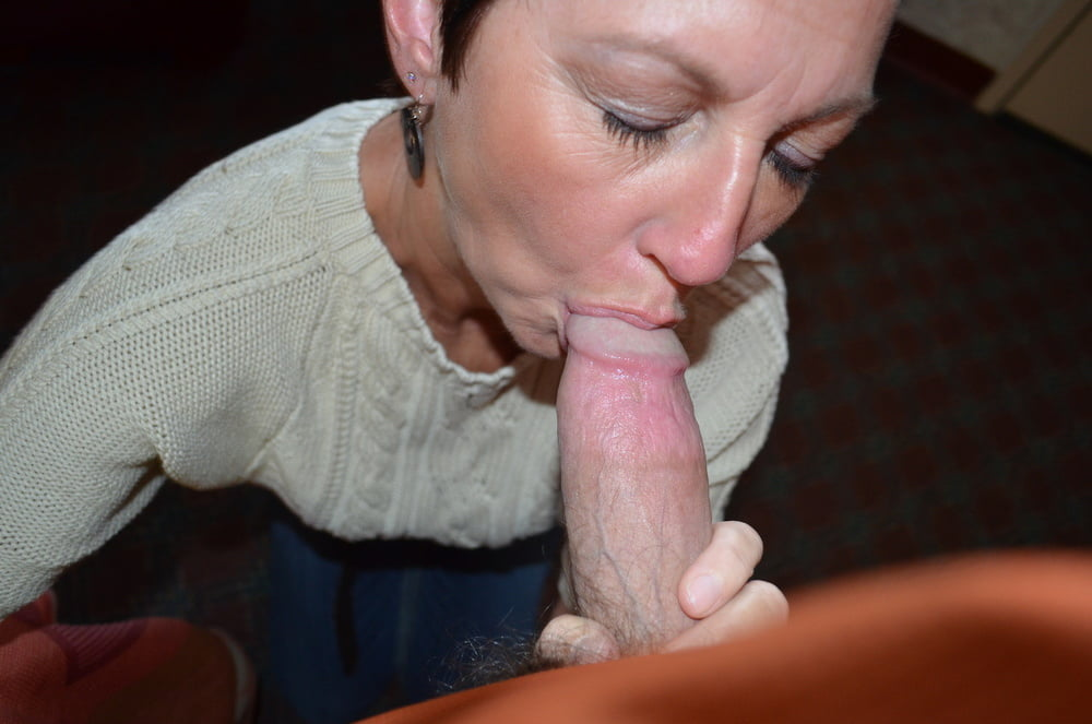 Deep sexual mature blowjobs cocksucking dick sucking socks porn pictures