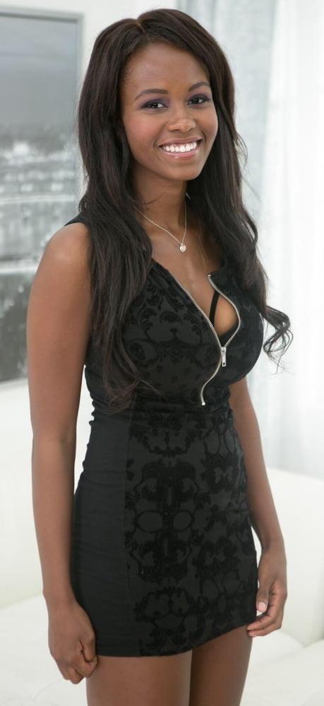 Ebony Goddess Jezabel Vessir - 23 Pics