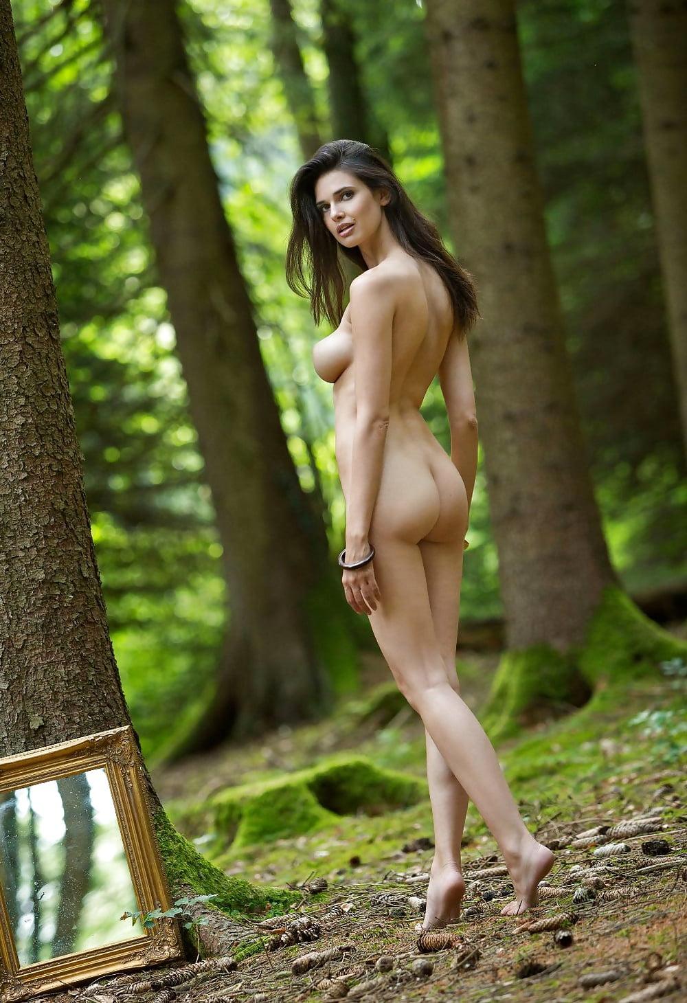 supernaturals-nudes