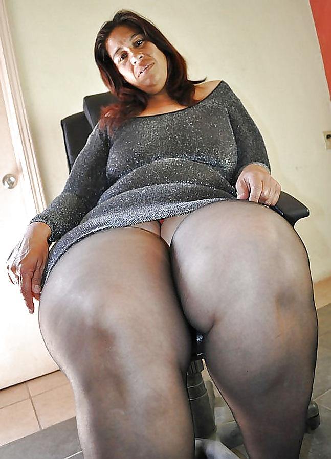 Ass spread joi