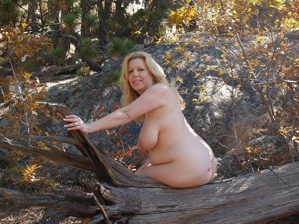 Simple Natural Nude Women