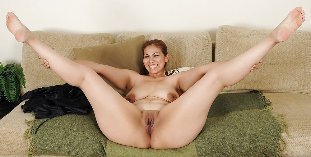 Mature women leg pics — 7