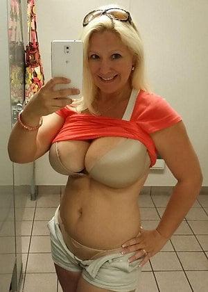 Arab wife xnxx big ass amateur porn pics gallery