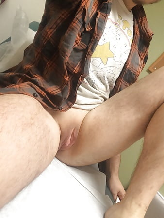 Male Nude Images I want to have sex with a tranny