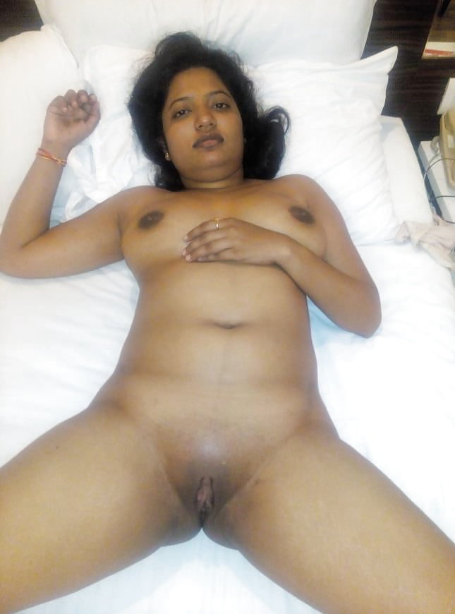 Just Married Bride's Nude Body Show