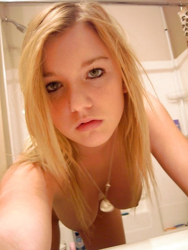 Cute Young Blonde Self Shooter