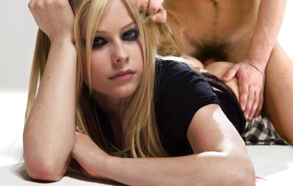 avril-lavigne-porn-for-all-free-intense-penetration
