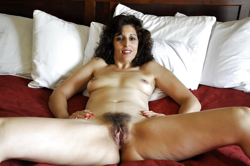 Chunky girls suck dick