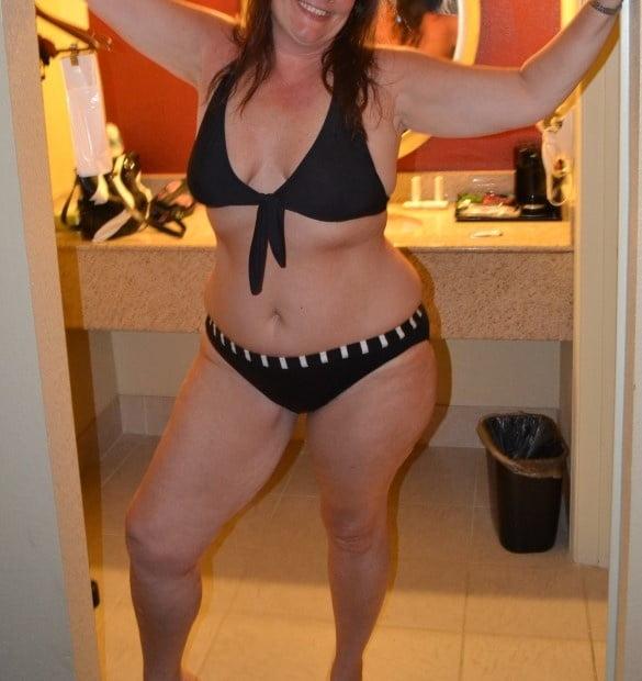 Sexy aunty in bathroom-4441