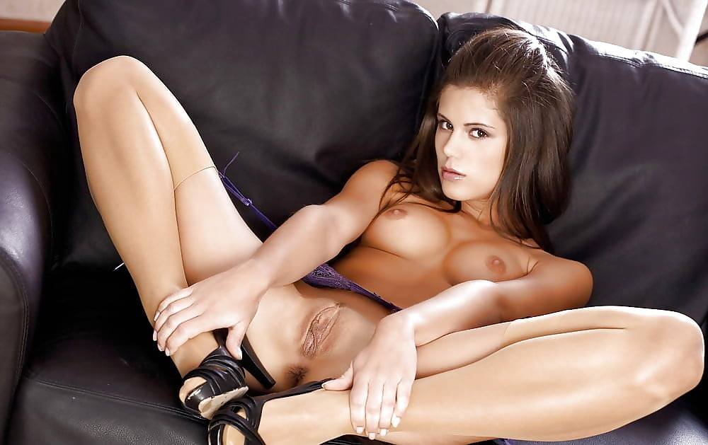 porno-video-golie-russkie-modeli-pochemu-analniy-seks-piter
