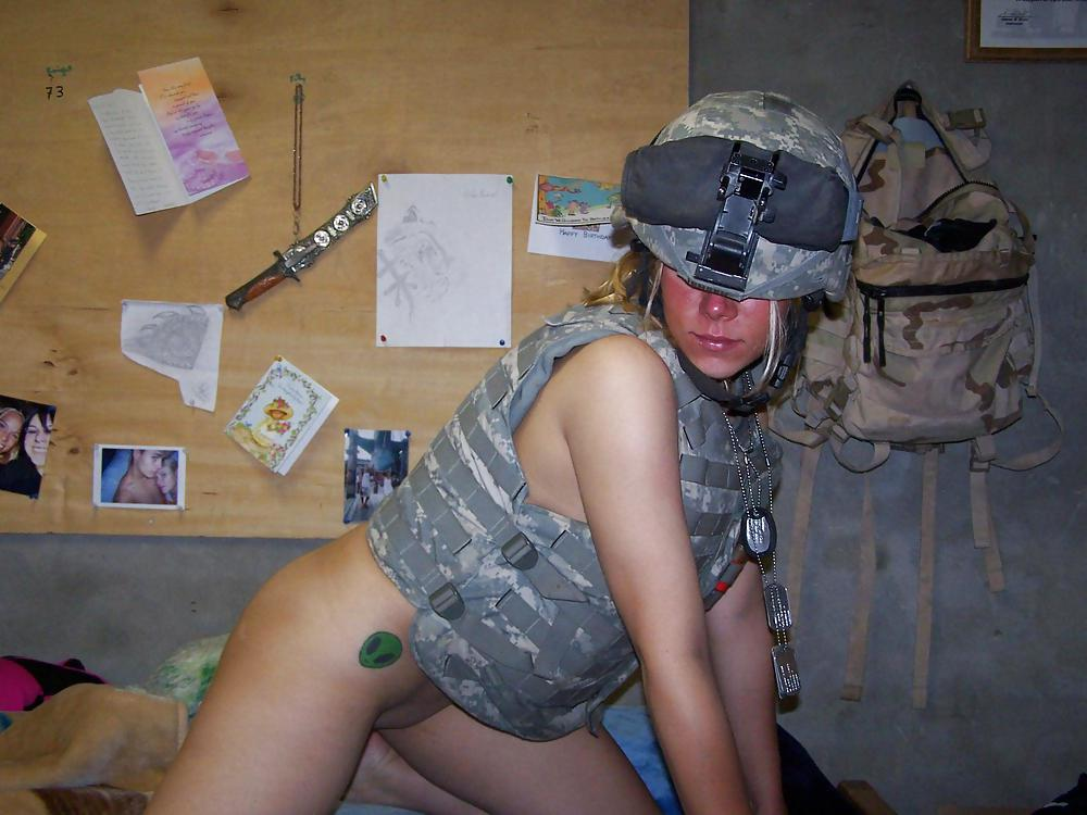 Подборка эротических фото из армии сша, домашние порно фото больших задниц