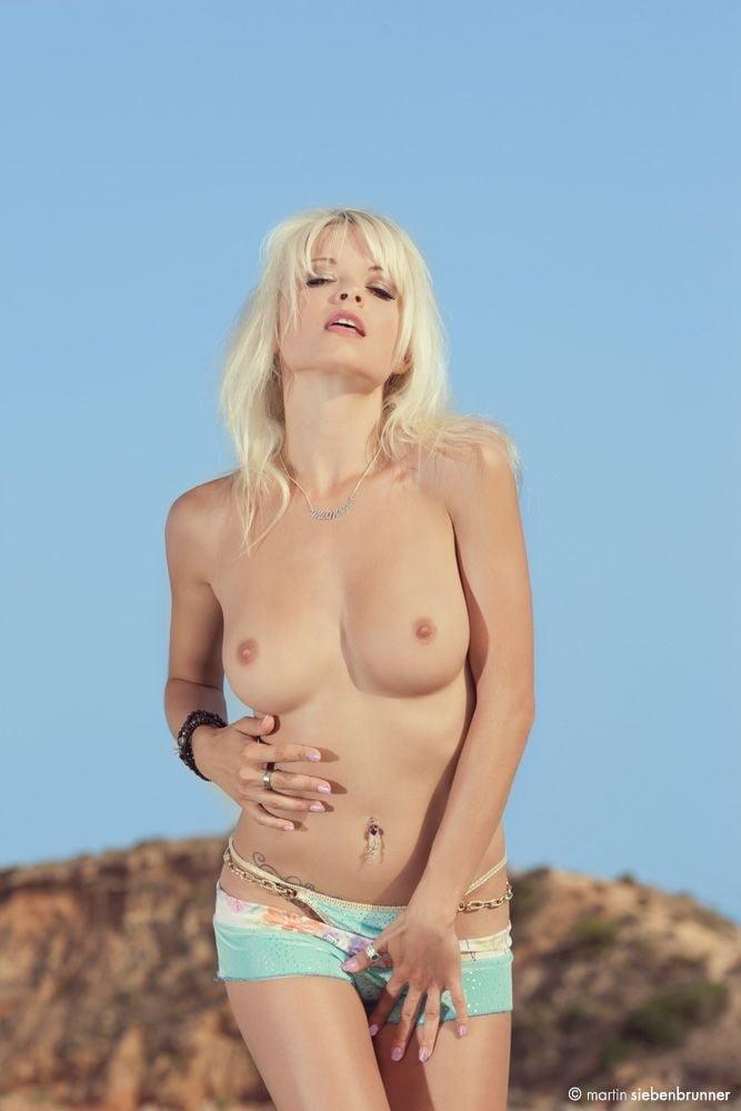 Cambridge student nude