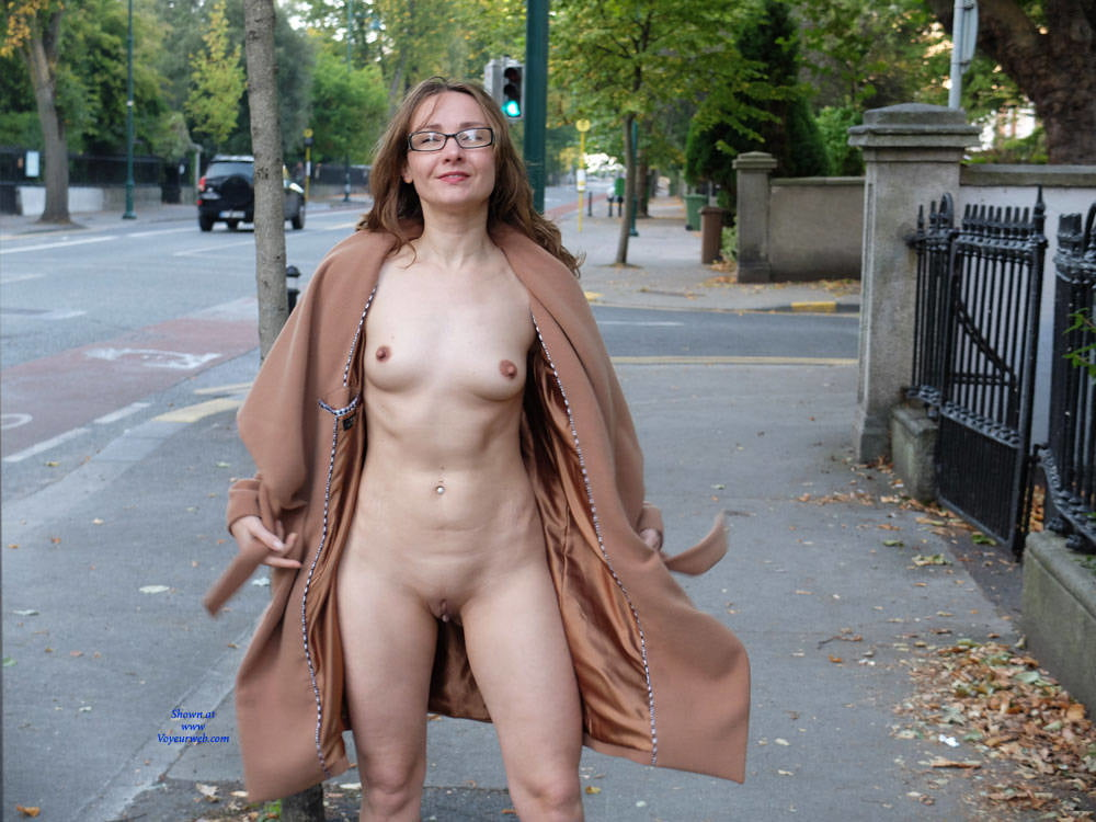 Public nude flashing