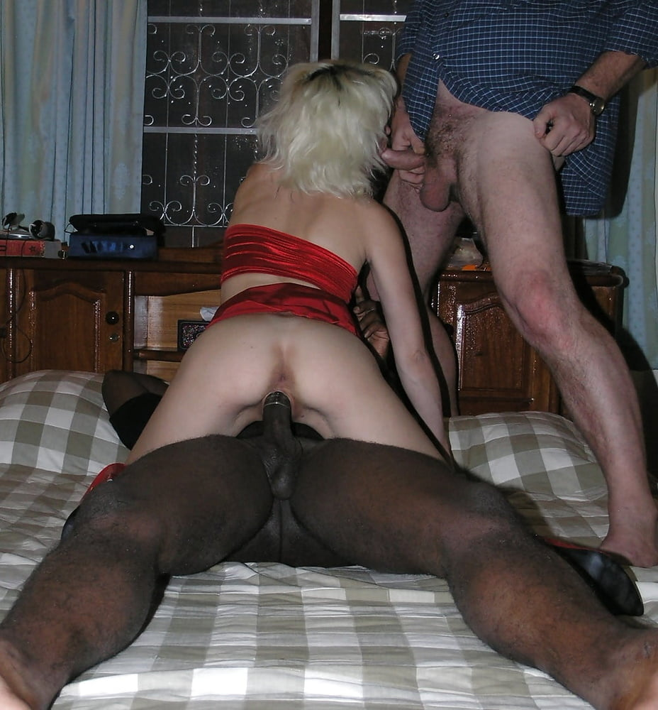 Жена вызвала ебаря, порно трахнули жену у друга в гостях