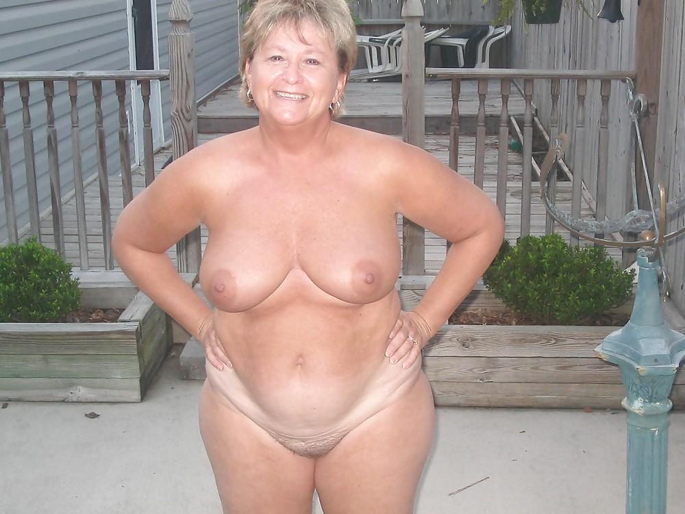 Pretty granny naked